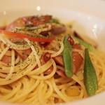 40988697 - 旬野菜とチョリソーのペペロンチーノ
