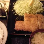 かな井 - ロースカツ定食