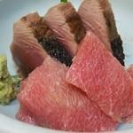 魚竹 - かつおたたき・鮪中とろ刺盛 (1300円)