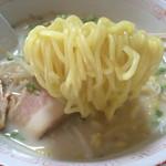 大八食堂 - 料理写真:とんこつラーメン大盛600円