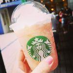 スターバックス・コーヒー - 日本のスタバオリジナルのフラペチーノ「ピーチインピーチフラペチーノ」