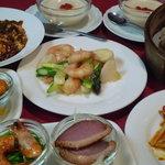四川飯店 - ちょっと贅沢なランチセット1,650円です 季節により選べる料理は変わります。 食べごたえは満点!!
