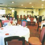 四川飯店 - 2名様より100名様までご会食承ります。各種宴会席に応じて大小個室をご用意いたします。