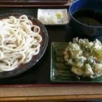 くまどん - つけ汁うどん中&ねぎ天ぷら
