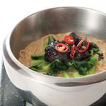 代官山 花壇 笑龍 - こちも大人気の坦々麺です。胡麻の香りが堪りません!