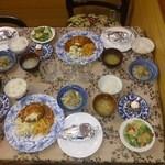 ペンション ピノ・ノワール - 料理写真:合宿中の夕食その1