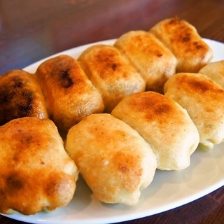 茶しん - 料理写真:ホワイト餃子