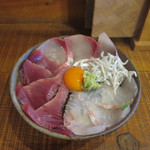 41024348 - 獲れたて海鮮丼♪♪獲れ獲れピチピチプリプリウマ〜♪♪