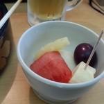 きんぺい - デザートの果物いただきました