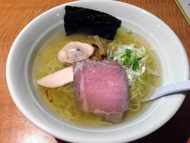 今日から - 魚介スープのヒマラヤ岩塩ラーメン