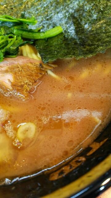 環2家 - 濃厚なスープ。かえし強め。