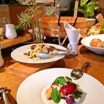 ナイン ストーリーズ - 【パーティー】雰囲気に合わせたテーブルコーディネートを致します。