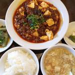 41038614 - みんな大好き、麻婆豆腐定食(880円)