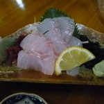 正栄丸 - 「すずきの刺身」(¥520)