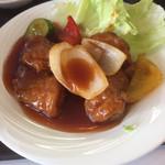中華料理 広東 - 酢豚定食の酢豚