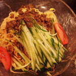 麻辣王豆腐 - 麻辣涼面