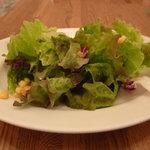 PIZZERIA DA CIBO - ランチのサラダ