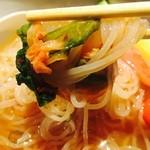 Umedameigetsukan - キムチと一緒に食べましょね♪(´ε` )