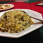 紅燈籠 - 高菜炒飯
