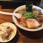 嗟哉 - ランチ限定15食「サービスセット」700円(鶏ガラ100%しょうゆらーめん&ミニチャーシュー丼のセット)