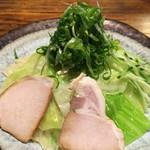 つけ麺本舗 辛部 - つけ麺のアップ〜(*^◯^*)♪
