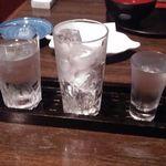 魚浩 - 左はお水、真ん中はロック、右は伊佐美