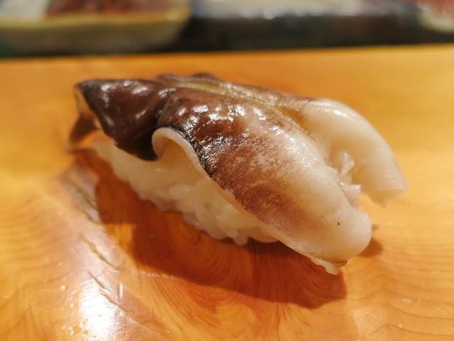 すし五圓 - トリ貝