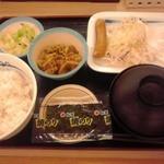 41064671 - ソーセージエッグ定食 400円(税込)(2015年8月17日撮影)