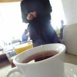風のレストラン - ドリンクセットはセルフなのでめいめいが取に行こう(紅茶、コーヒー、お茶、オレンジジュース、他)ドリンクセットは171円プラス