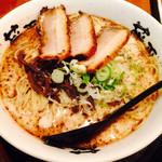 らー麺 藤平 - 料理写真:藤平ラーメン大盛り@680円