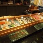 京極寿司 - ネタケース