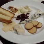 スピエディーノ フッジ - チーズの盛り合わせ~美味しかったぁ