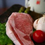かんべえ - 極上のやよい豚でトンテキやアボカド包みフライなど