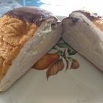 オリオンベーカリー - シュークリームパン