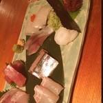 魚和食 浜菜虎 - 刺し盛  鯨たたき いか シメサバ 秋刀魚 中トロ 平目 カンパチ