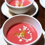 lumielune - ビーツのスープ