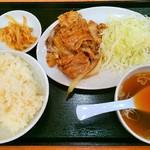東秀 - 豚バラ生姜焼き定食