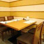 銀座 天ぷら 阿部 - ■4名様用テーブル席