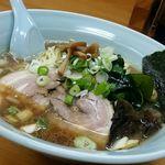 中富 - 醤油ラーメン(大盛り)
