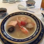 中国料理 皇家龍鳳 - 海鮮と白湯スープのポトフ風。