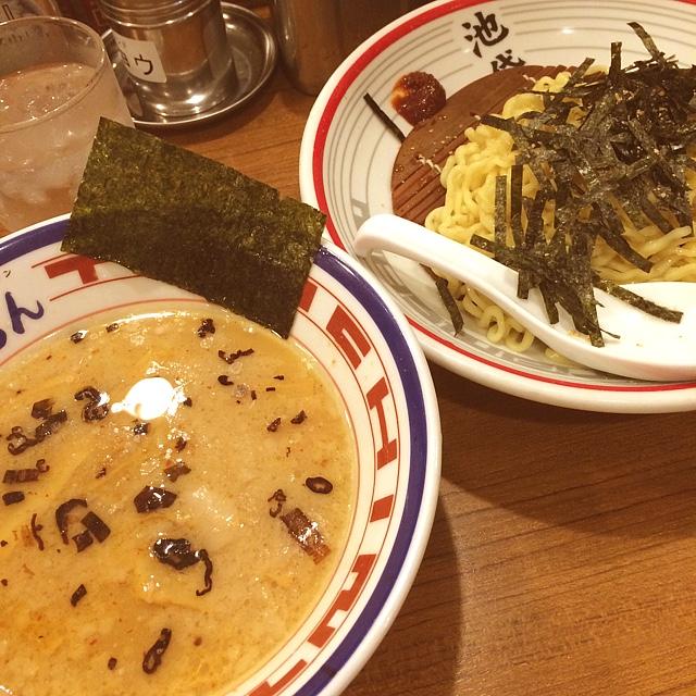 屯ちん 池袋西口店 - 東京豚骨つけ麺。