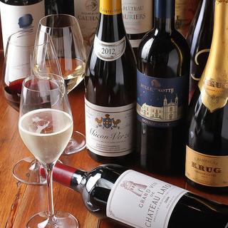 自然派ワインやオリジナルドリンクに拘る