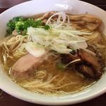 41097346 - 2015/8/21濃厚醤油鶏そば700円+大盛50円