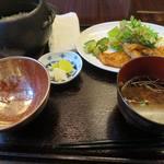 ミーサンキッチン - カジキマグロの生姜焼き定食_2015/08