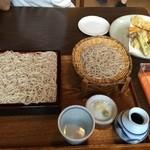 菜実樹 - せいろ1枚半と天ぷら盛り合わせ