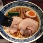 藤堂 - 雫の醤油 730円、麺麻増し 200円