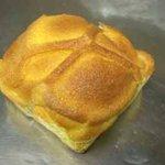 焼きたてパンの店 ピーターパン - チーズメロンパン