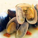 ヴォーノ・イタリア - ムール貝のワイン蒸し