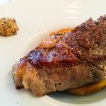 ヴォーノ・イタリア - 豚肩ロースの厚切りステーキ