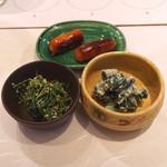 麻布 幸村 - 人参の葉の胡麻和え と 胡瓜の白和え と チェリソー (2015/07)